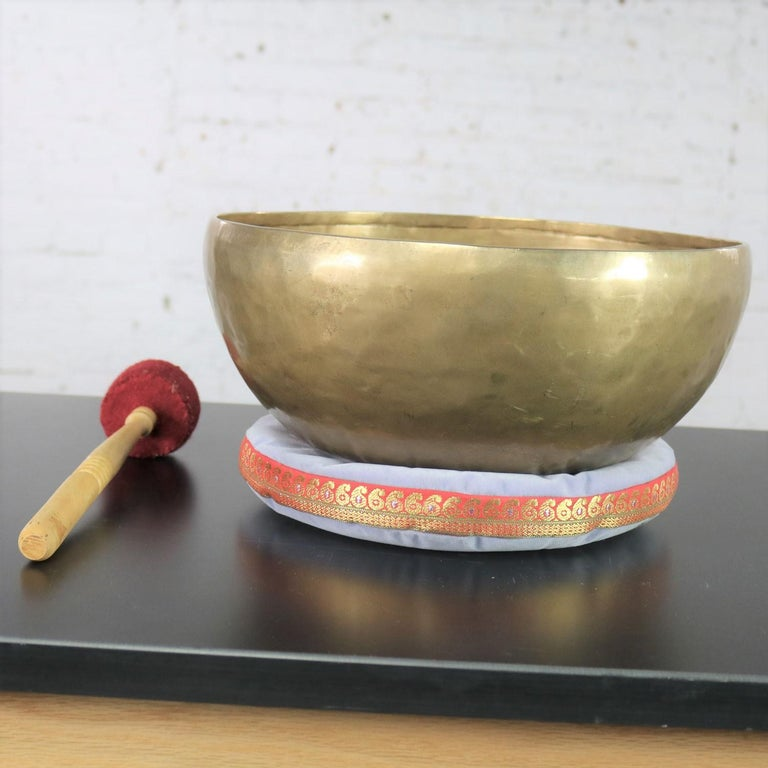 Vintage Bronze Handmade Singing Bowl or Standing Bowl with Mallet on Pillow In Good Condition For Sale In Topeka, KS