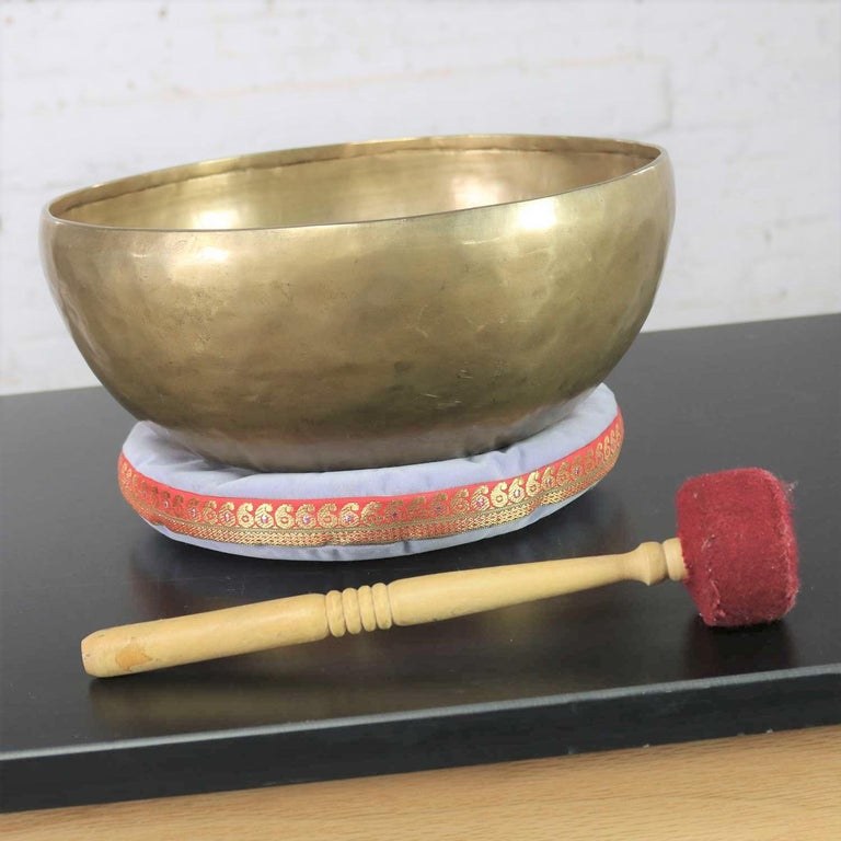 20th Century Vintage Bronze Handmade Singing Bowl or Standing Bowl with Mallet on Pillow For Sale