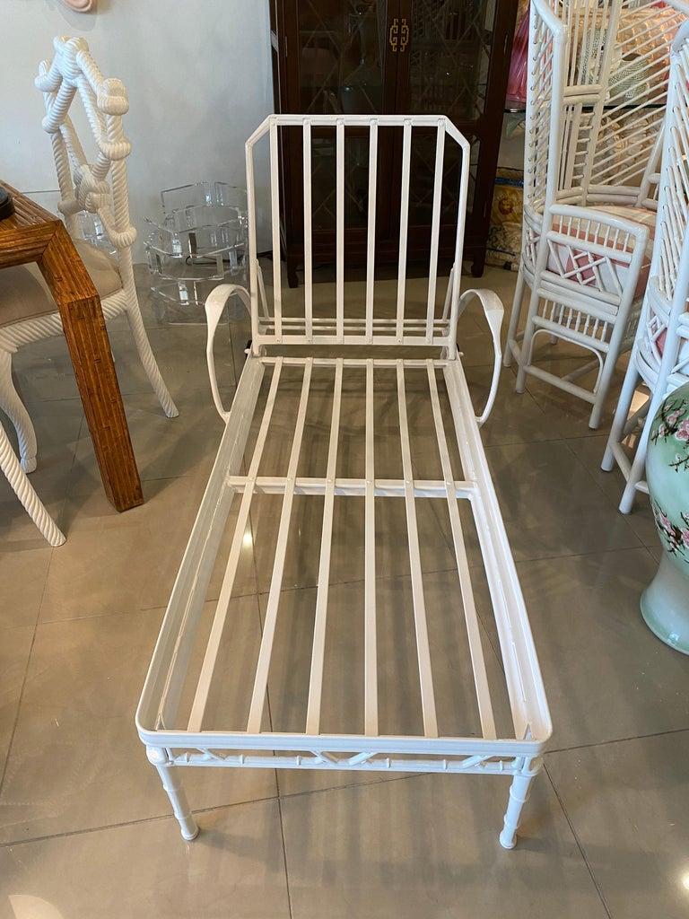 Vintage Brown Jordan Calcutta Lounge Chair Chaise Newly Powder-Coated Patio 1