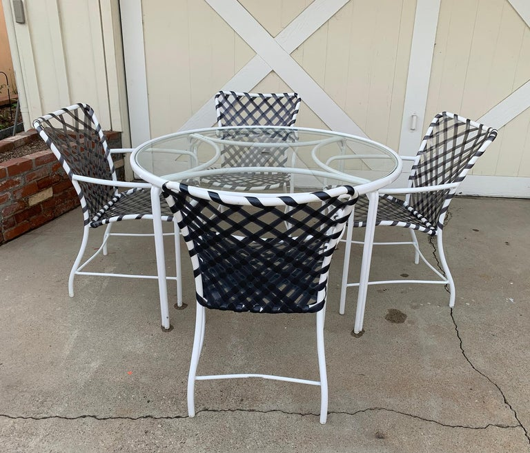 American Vintage Brown Jordan Patio Set from the Tamiami Collection 1 Table and 4 Chairs For Sale