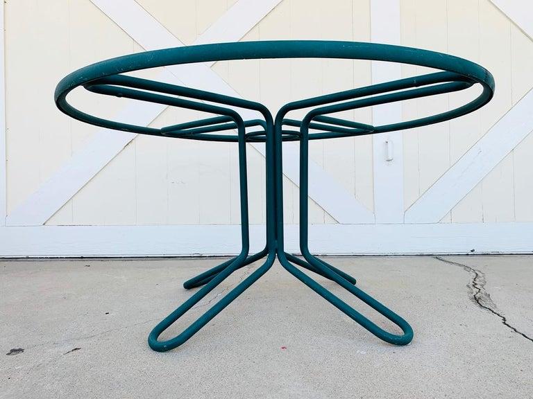 Aluminum Vintage Brown Jordan Round Dining Table For Sale