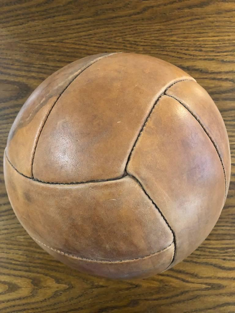 Vintage Brown Leather Medicine Ball, 1940s For Sale 2