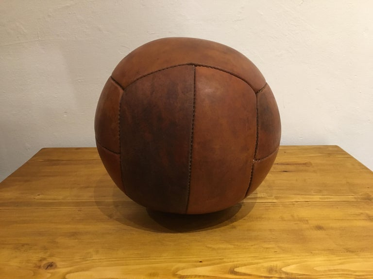 Mid-Century Modern Vintage Brown Leather Medicine Ball, 3kg, 1930s For Sale