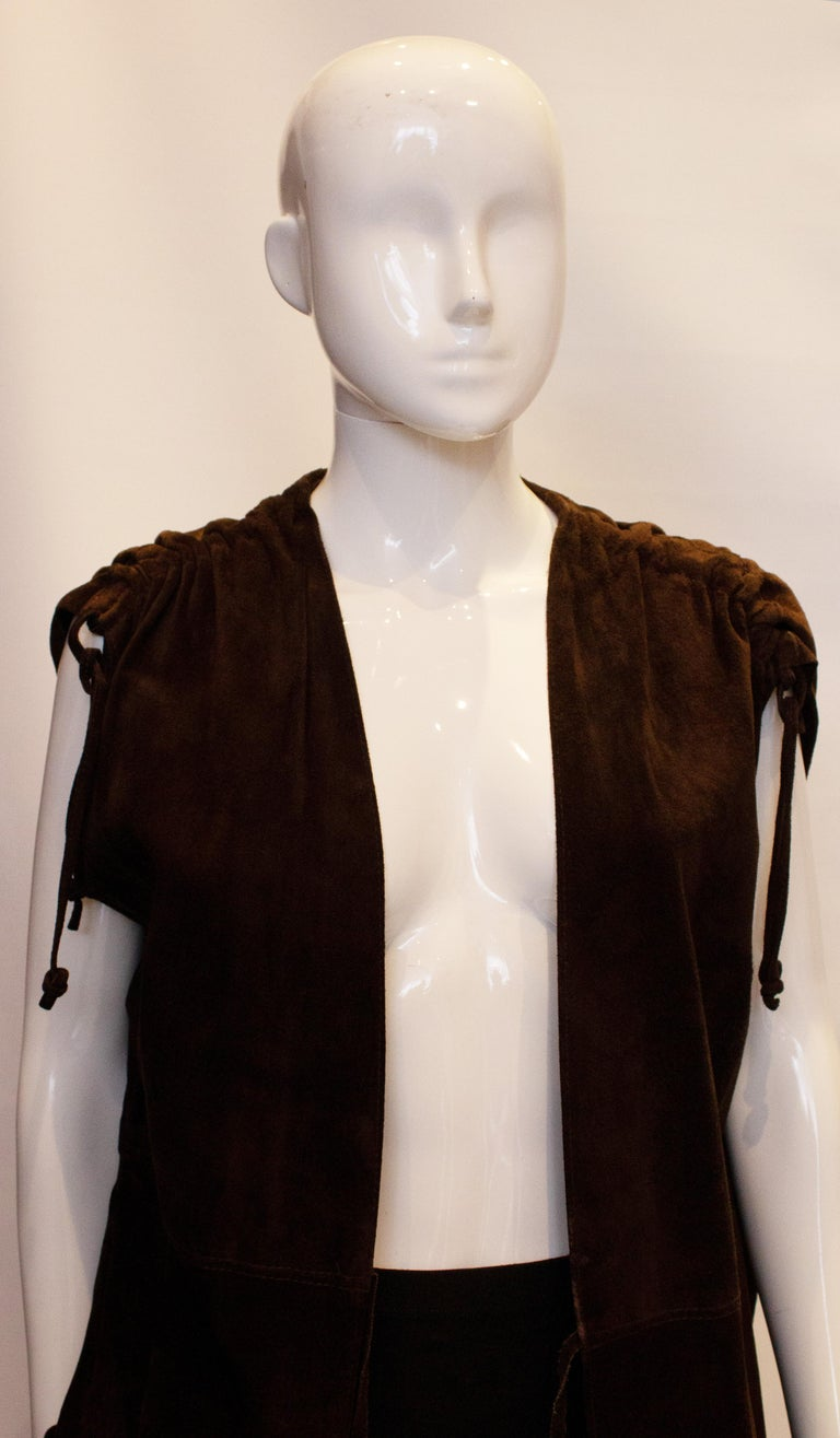Vintage Brown Suede Waistcoat In Good Condition For Sale In London, GB