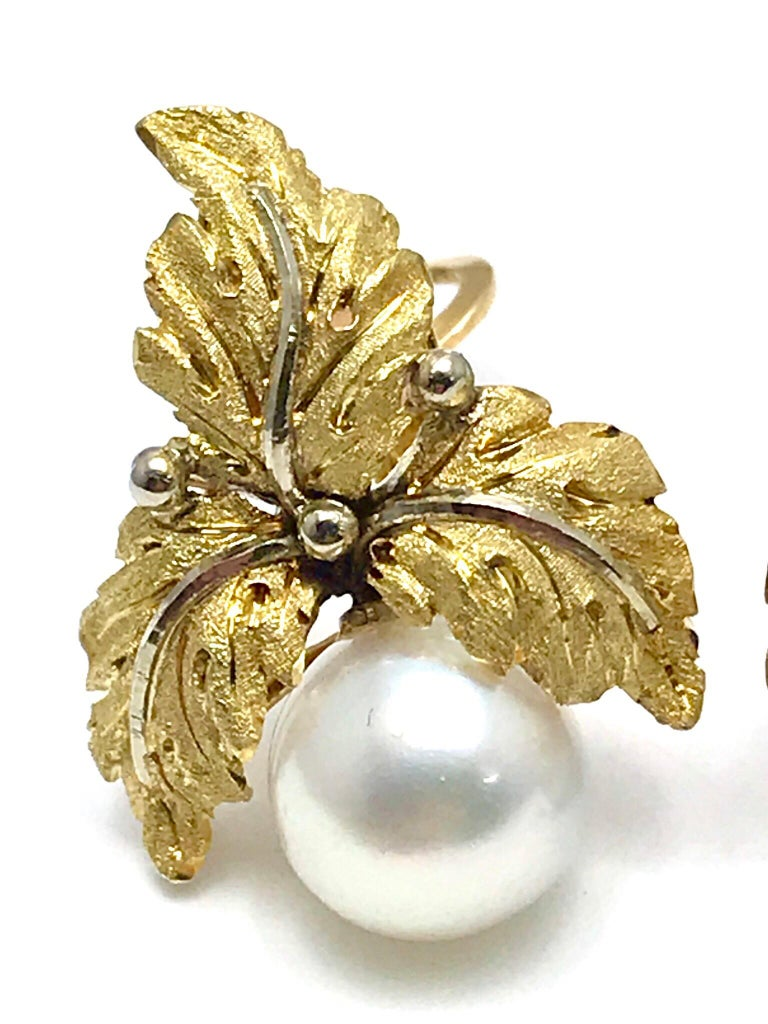 Art Deco Vintage Buccellati Cultured Pearl and 18K Yellow & White Gold Leaf Clip Earrings For Sale