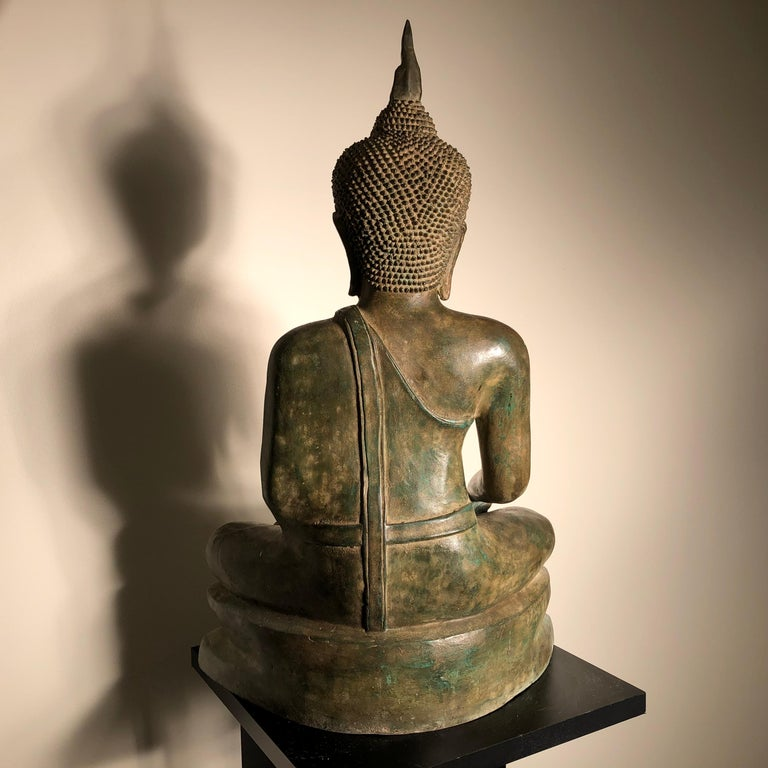 Vintage Buddha Calling Earth to Witness Downcast Eyes, Thailand Cast Bronze For Sale 5
