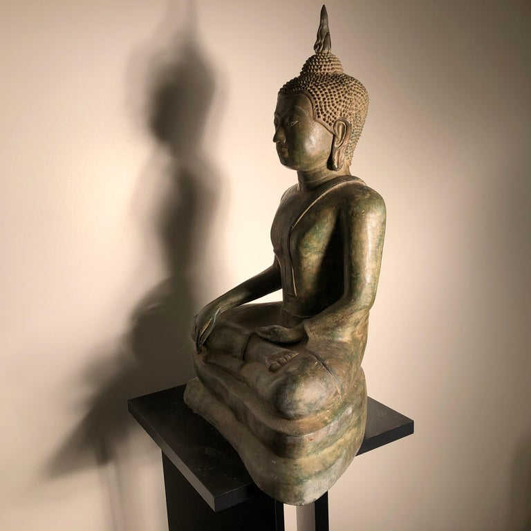 Vintage Buddha Calling Earth to Witness Downcast Eyes, Thailand Cast Bronze For Sale 4