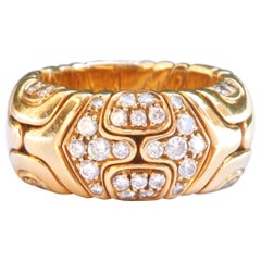 Vintage Bulgari Diamond 18 Karat Gold Ring