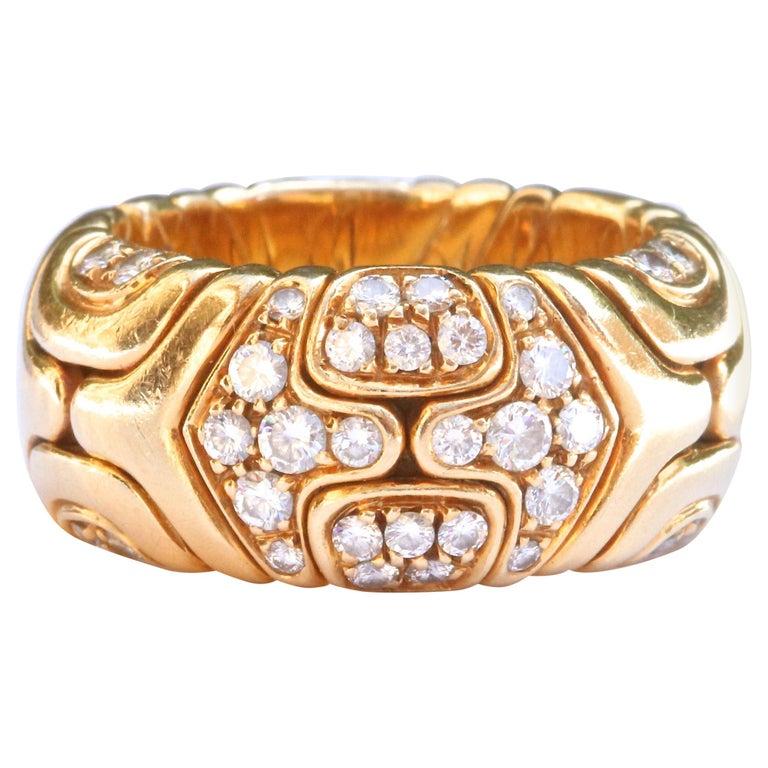 Vintage Bulgari Diamond 18 Karat Gold Ring For Sale