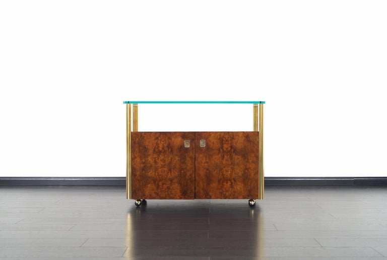 Vintage Burl Wood and Brass Bar Cart by Century Furniture In Good Condition For Sale In Burbank, CA