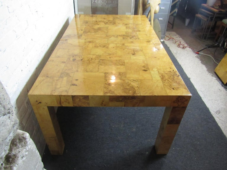 Vintage Burlwood Dining Room Table by Paul Evans In Good Condition For Sale In Brooklyn, NY
