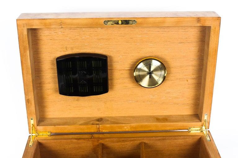 Vintage Burr Elm Cigar Humidor, Mid-20th Century For Sale 6