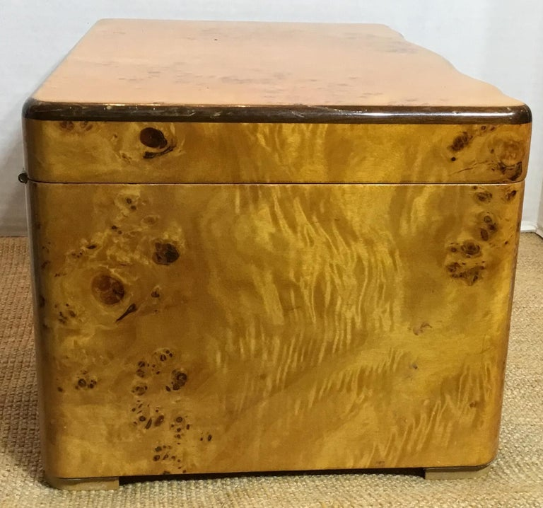 Cedar Vintage Burr Elm Humidor with Fitted Interior