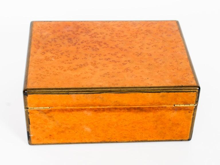 Vintage Burr Walnut Humidor Harrods Mid 20th Century 5