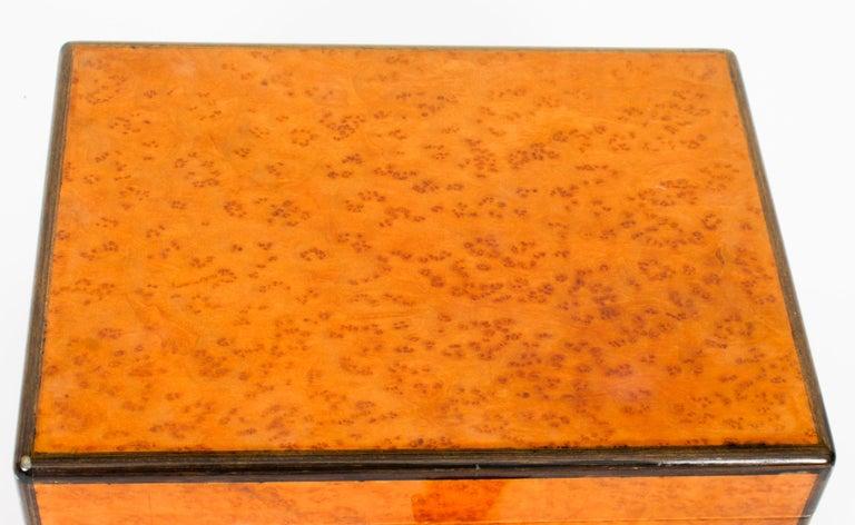 Vintage Burr Walnut Humidor Harrods Mid 20th Century 7