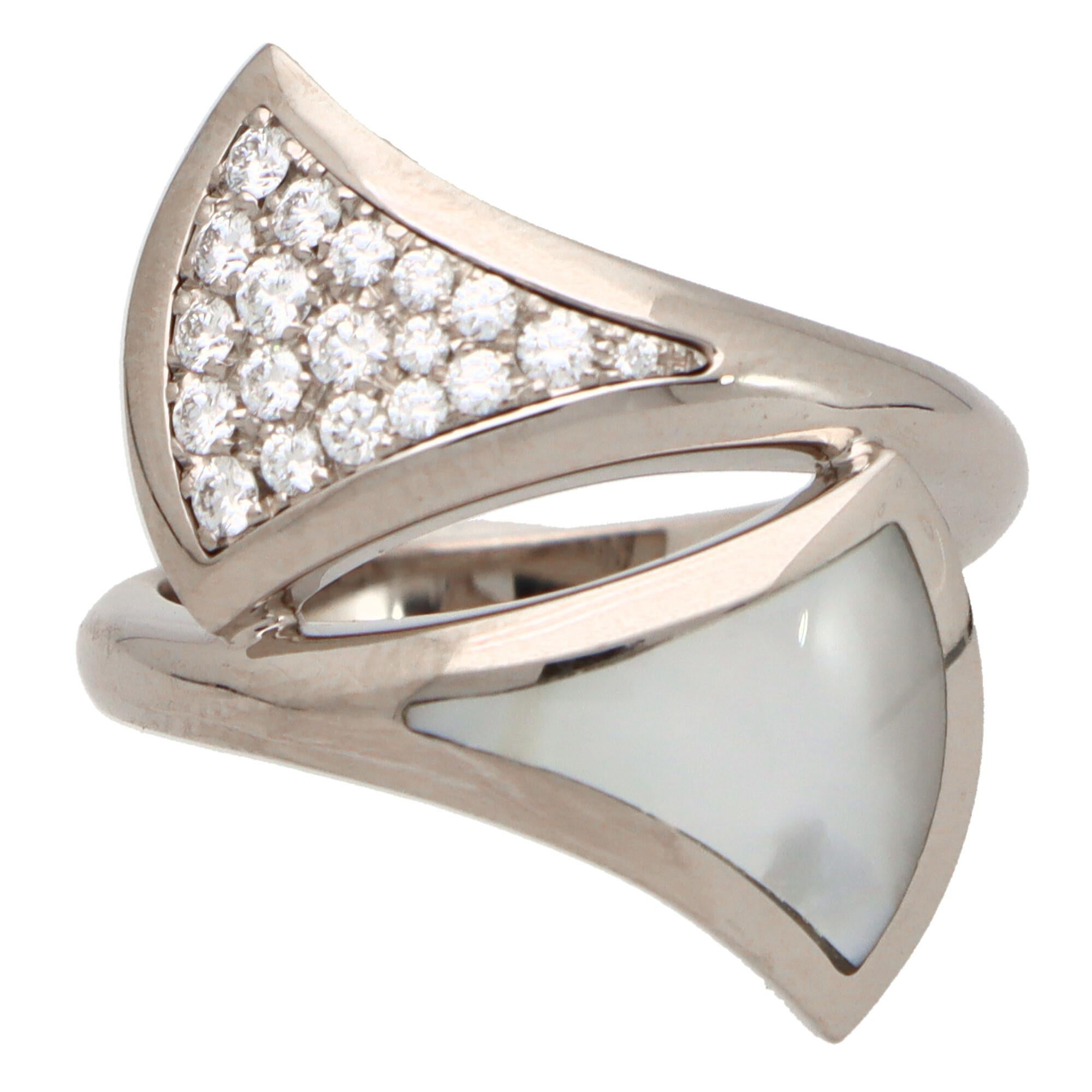 Vintage Bvlgari Mother-of-Pearl and Diamond 'Divas Dream' Ring in White Gold