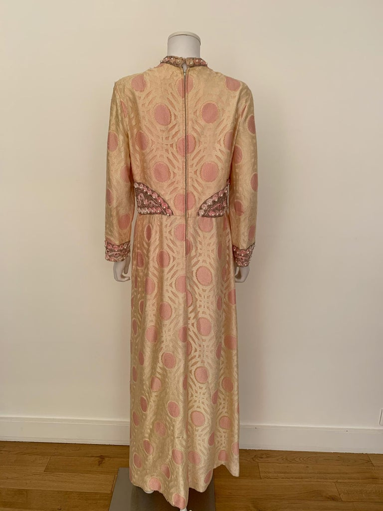 Vintage Caftan Dress Embroidery 1960 In Good Condition For Sale In Paris, FR