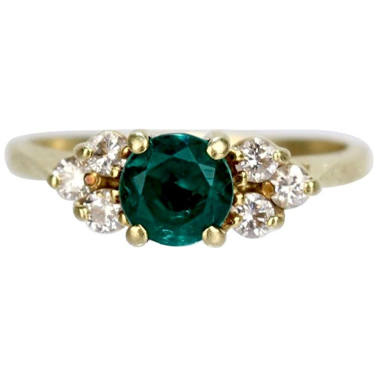 Vintage Cardow Emerald, Diamond, and 18 Karat Gold Cocktail Ring For Sale