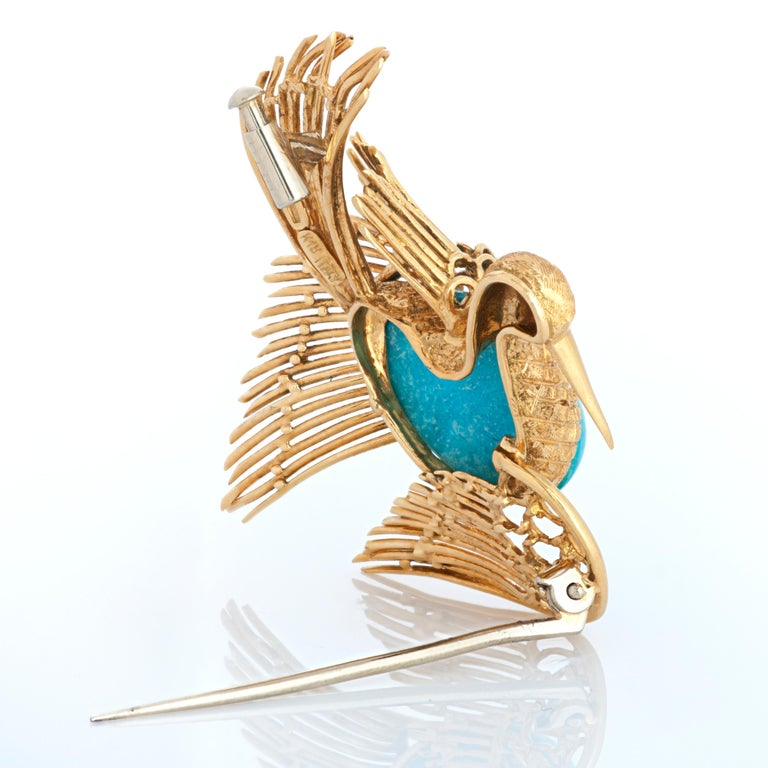 Cabochon Vintage Cartier 18 Karat Yellow Gold Turquoise and Ruby Swan or Bird Brooch For Sale