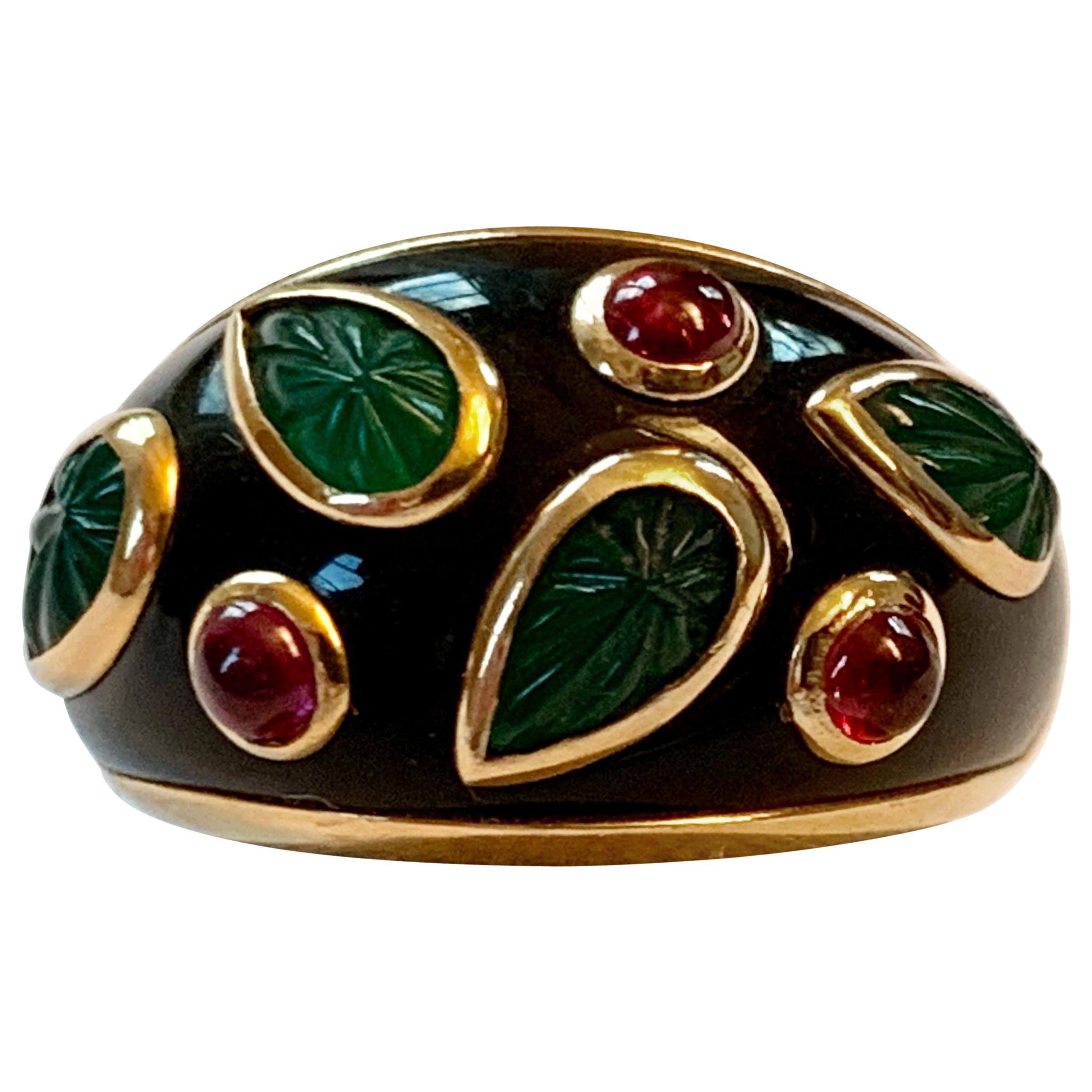 Vintage Cartier Emerald and Ruby Lacquer 18 Karat Gold Ring, circa 1991