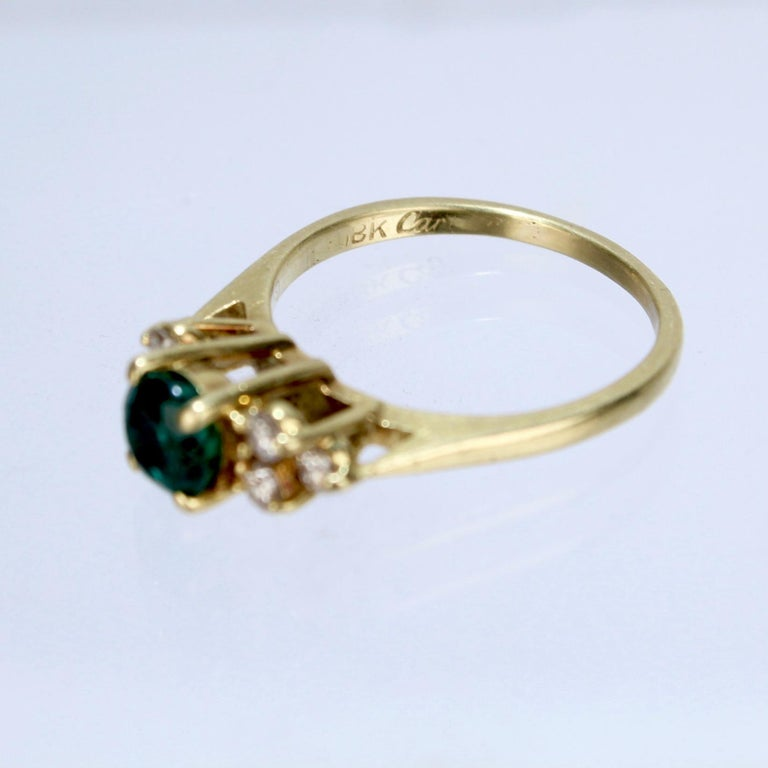 Vintage Cardow Emerald, Diamond, and 18 Karat Gold Cocktail Ring For Sale 1