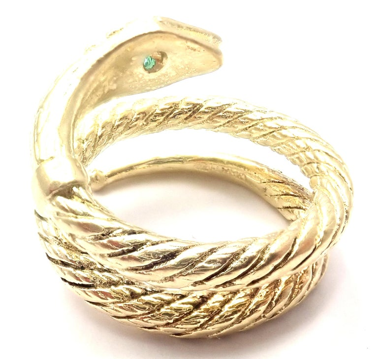 Brilliant Cut Vintage Cartier Emerald Snake Yellow Gold Band Ring For Sale