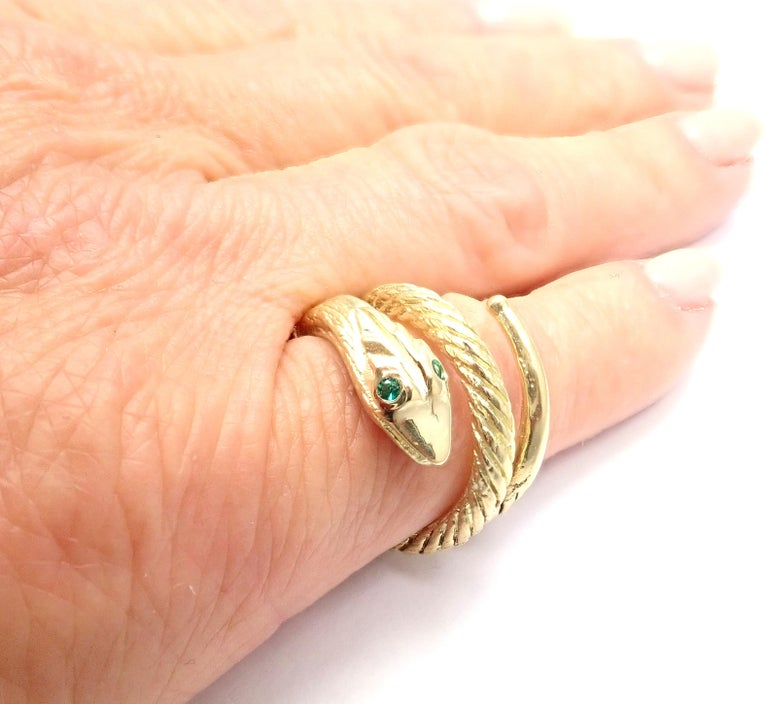 Vintage Cartier Emerald Snake Yellow Gold Band Ring For Sale 1