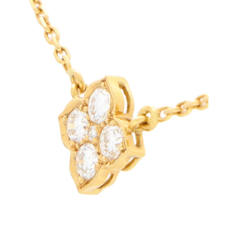 Vintage Cartier Hindu Diamond Pendant Necklace Set in 18k Yellow Gold In Good Condition For Sale In London, GB