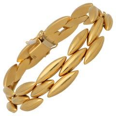 Vintage Cartier Pointed Oval Link Bracelet Set in 18k Yellow Gold