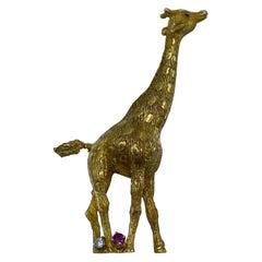 Vintage Cartier Yellow Gold Diamond and Ruby Giraffe Brooch