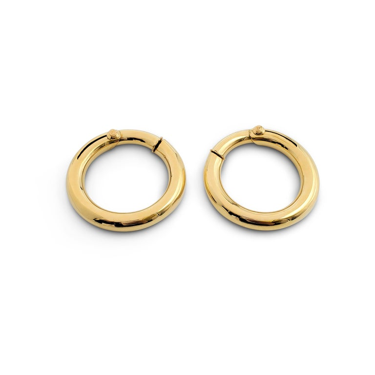 Vintage Cartier Yellow Gold Hoop Earrings In Excellent Condition For Sale In New York, NY