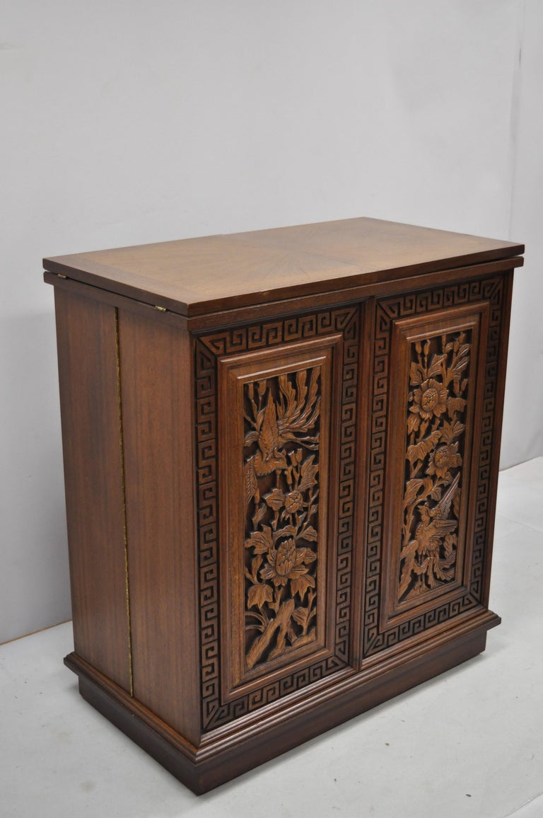 Vintage Carved Chinese Oriental Folding Expandable Bar ...