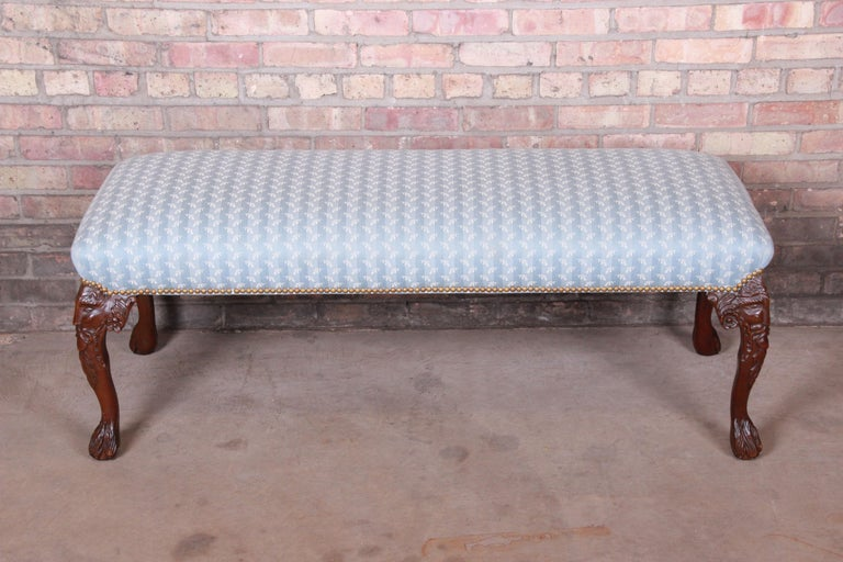 Vintage Carved Mahogany Upholstered Window Bench In Good Condition For Sale In South Bend, IN