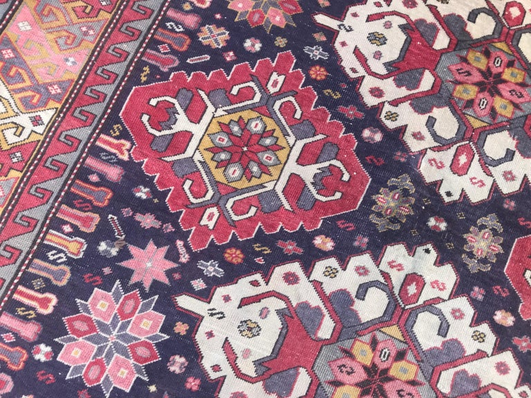 Vintage Caucasian Azerbaijan Rug In Good Condition For Sale In Saint Ouen, FR