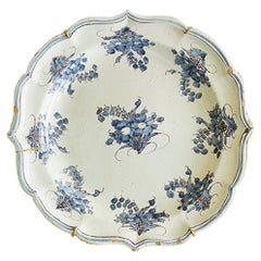 Vintage Ceramic Decorated Grottaglie Hanging Platter, Italy Late 18th Century
