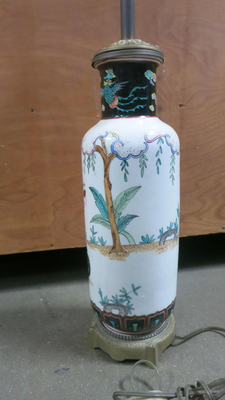 James Mont Inspired Chinese Art Pottery Table Lamp In Fair Condition For Sale In Van Nuys, CA
