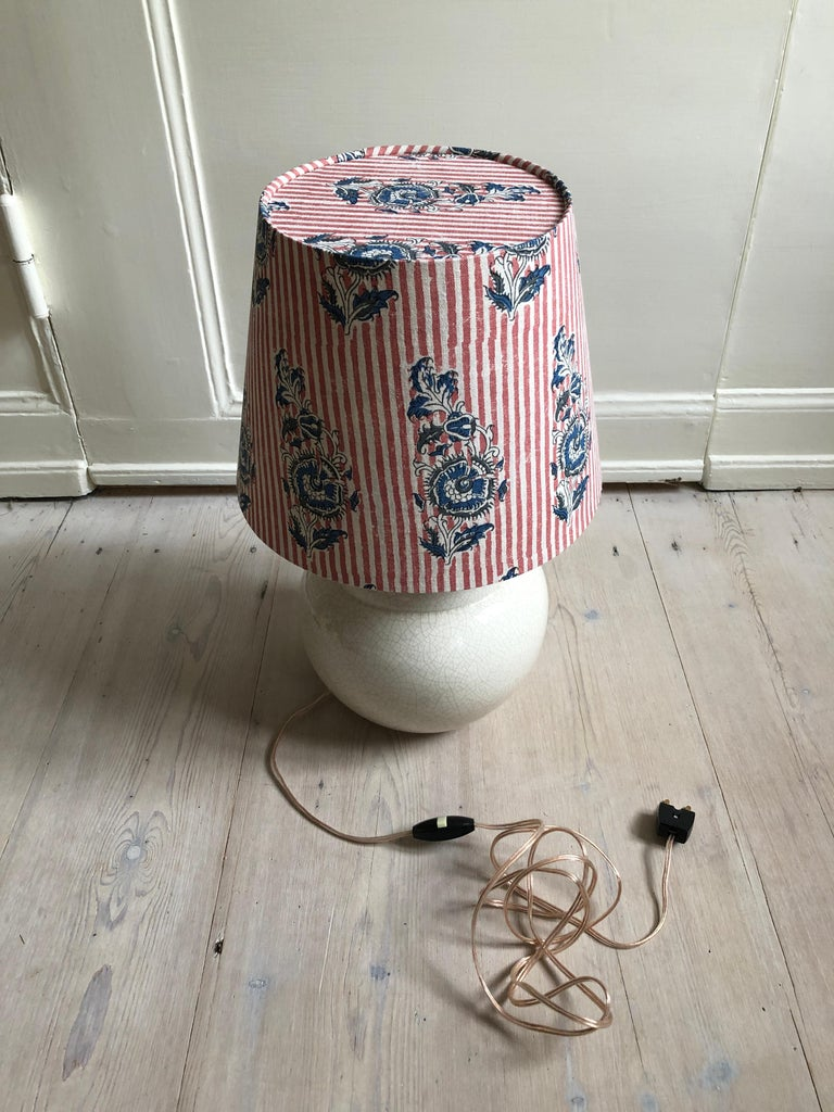 Vintage Ceramic Table Lamp with Customized Shade, France, 1930s For Sale 6