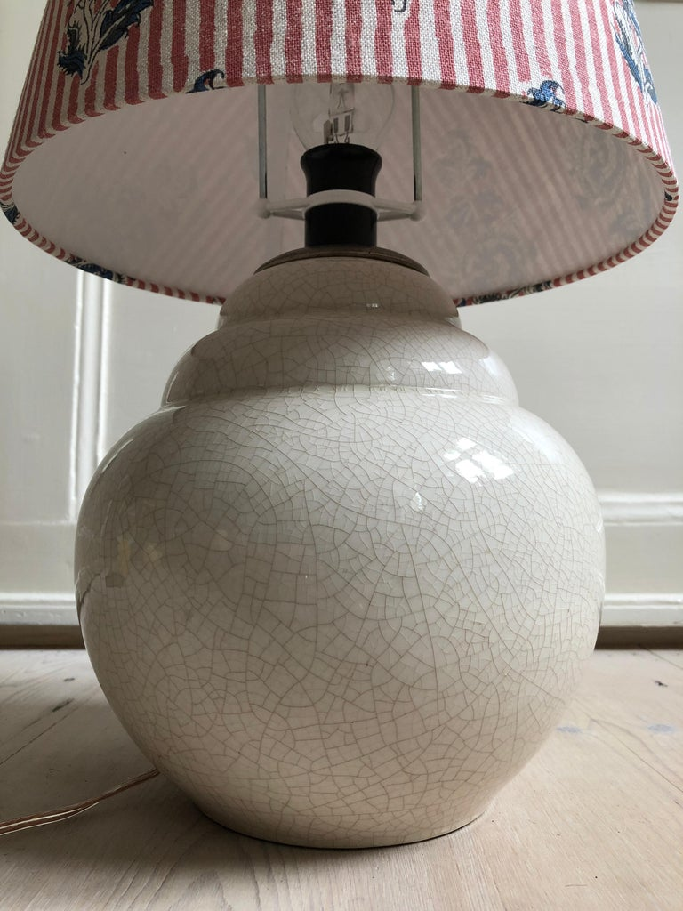 Vintage Ceramic Table Lamp with Customized Shade, France, 1930s In Good Condition For Sale In Copenhagen K, DK