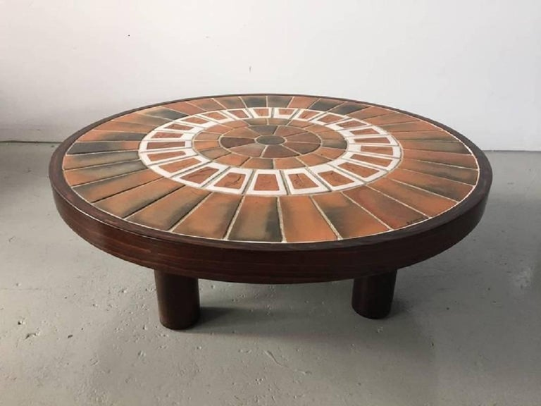 Round panel or can be used as a table (legs available) with