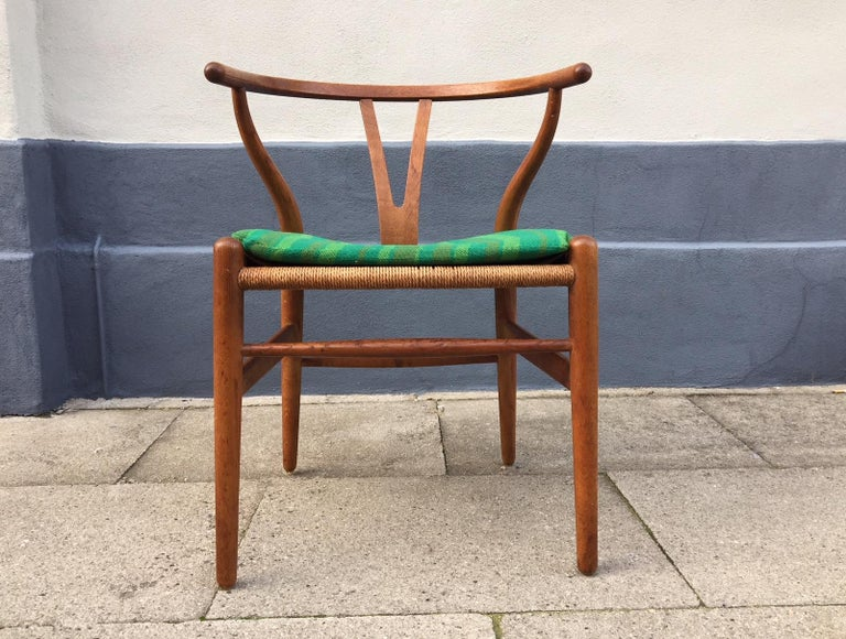 Mid-Century Modern Vintage CH24 Oak Side Chair by Hans J. Wegner for Carl Hansen & Søn, 1960s