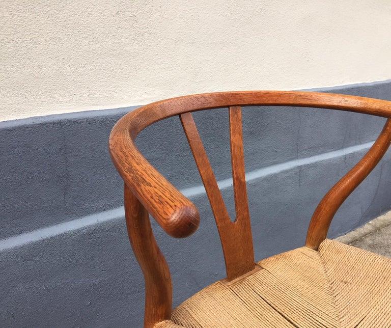 Vintage CH24 Oak Side Chair by Hans J. Wegner for Carl Hansen & Søn, 1960s In Good Condition In Esbjerg, DK