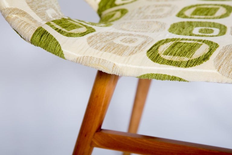 Vintage Chairs, 1960s, Set of 4 For Sale 4