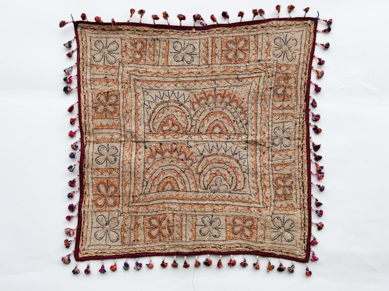 Vintage Chakla Embroidered Hanging, Rabari of Gujarat, India, Mid-20th Century In Good Condition For Sale In Point Richmond, CA