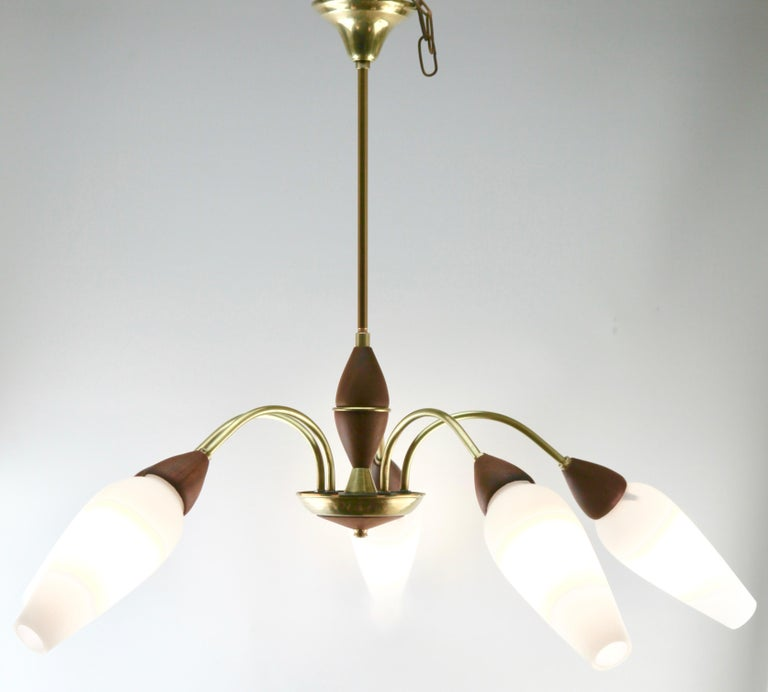 Vintage Chandelier Five Arms by Stilnovo, Italian, 1960s In Good Condition For Sale In Verviers, BE