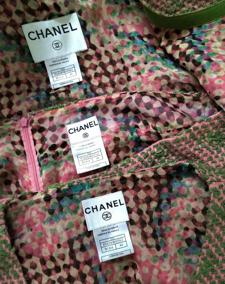 Vintage Chanel 1999 99A 3 Pc Pink & Multi Color Tweed Jacket Suit FR 44/ US 10  In Good Condition For Sale In Ormond Beach, FL