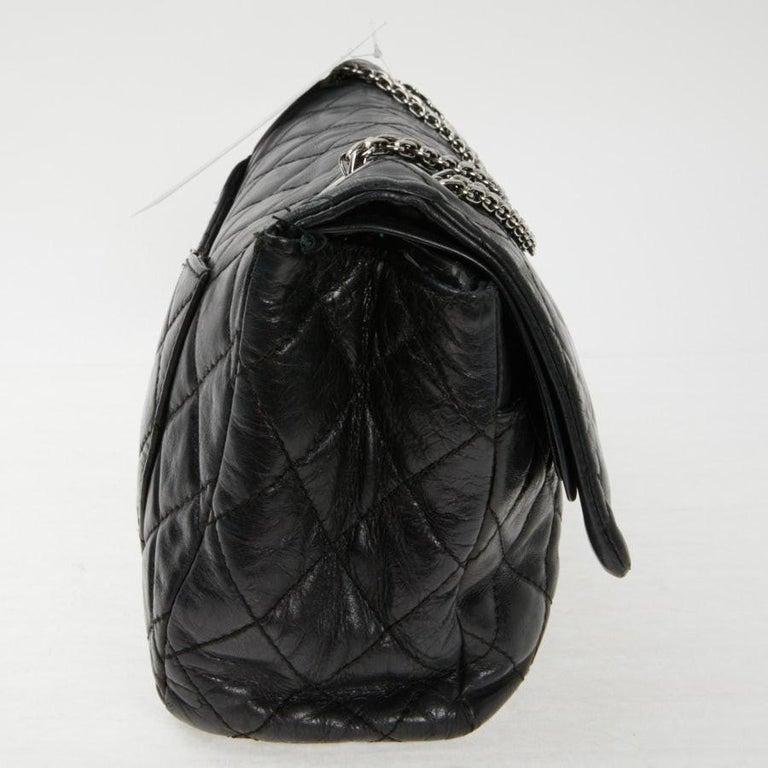 Vintage Chanel 2.55 Black Leather Handbag  For Sale 1