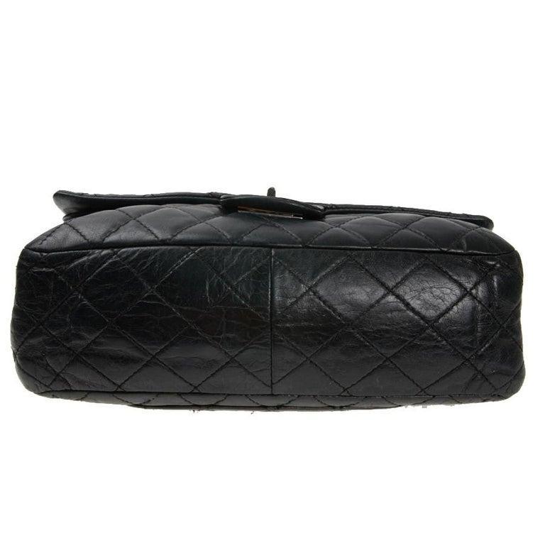Vintage Chanel 2.55 Black Leather Handbag  For Sale 3