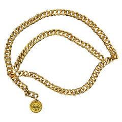 Vintage Chanel Belt Chain 31 Rue Cambon Medallion Gold-tone
