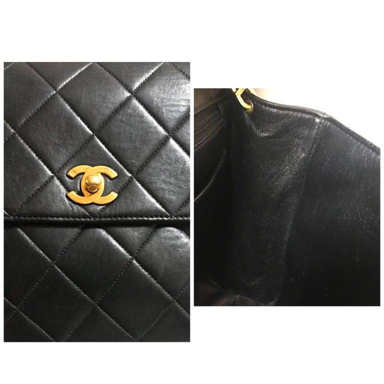 Vintage CHANEL black lamb leather 2.55 classic square shape shoulder bag with cc For Sale 15