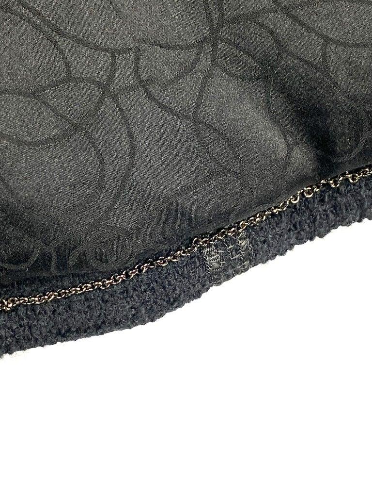 Vintage Chanel Black Tweed Blaze Jacket Size 38 For Sale 9